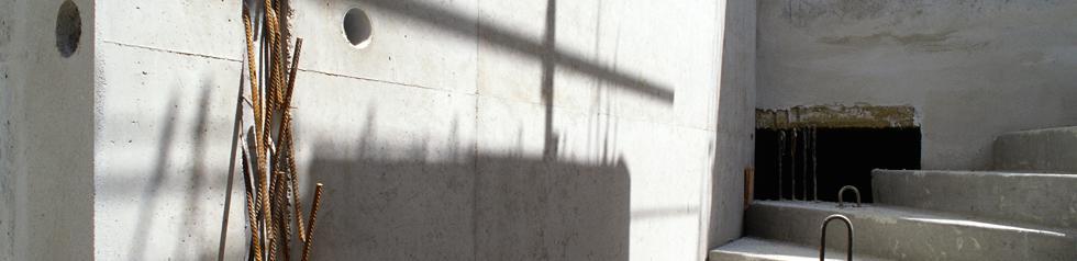 Surpression des Poussées d'Eau. Sols et Murs