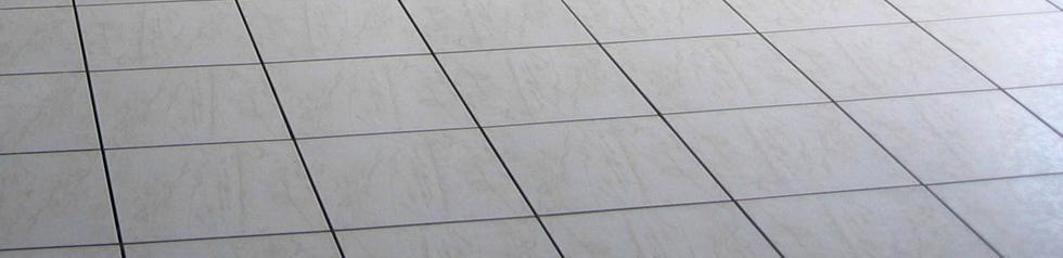 Nettoyant Dérouillant Concentré permettant d'Eliminer les Voiles de Ciment et de Plâtre.